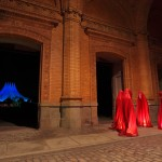 Festival of Lights 2011 - Die Wächter der Zeit an der Ruine des Anhalter Bahnhofs