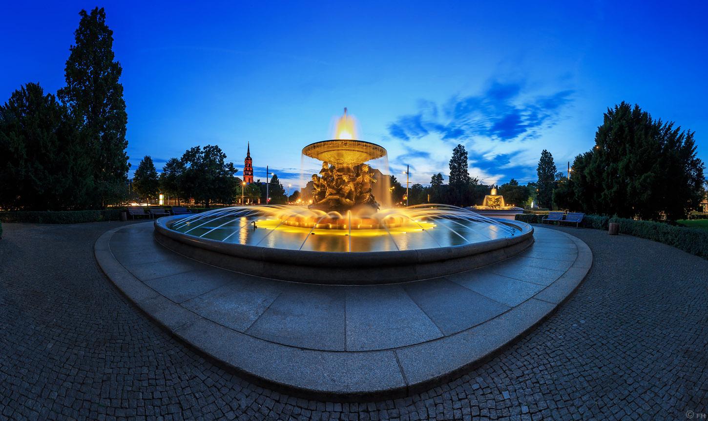 Dresden_Albertplatz_k