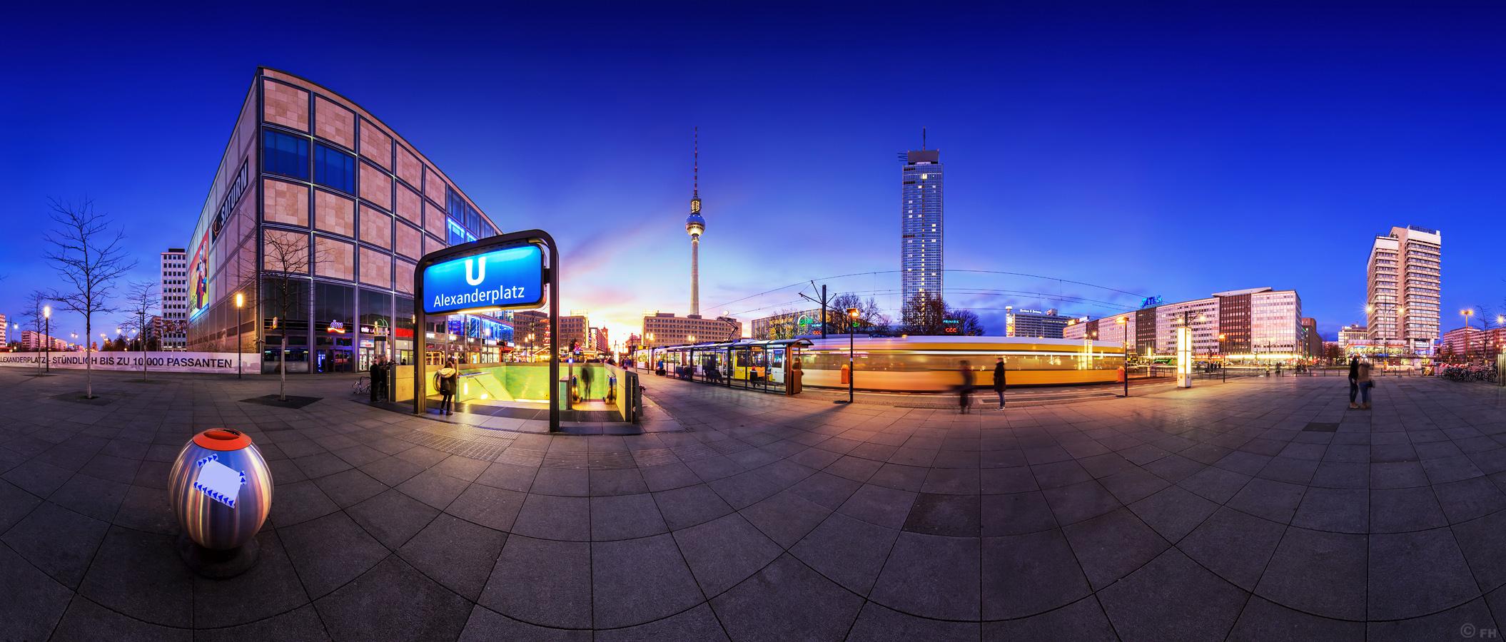 Alexanderplatz_Pano2015_k