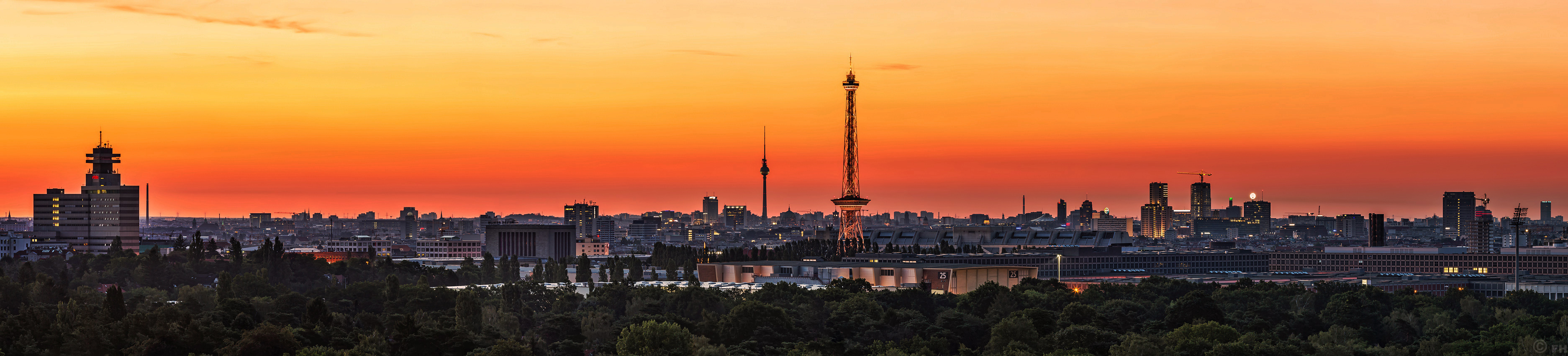 Berlin_sunrise_Pano_k