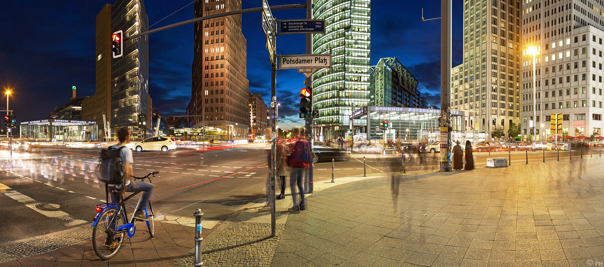 PotsPlatz_citylights_Pano1_k