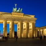 Berlin_BrandenburgerTor_night_2_k
