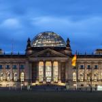 Berlin_Reichstag_night_2_k