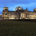 Berlin_Reichstag_night_3_k