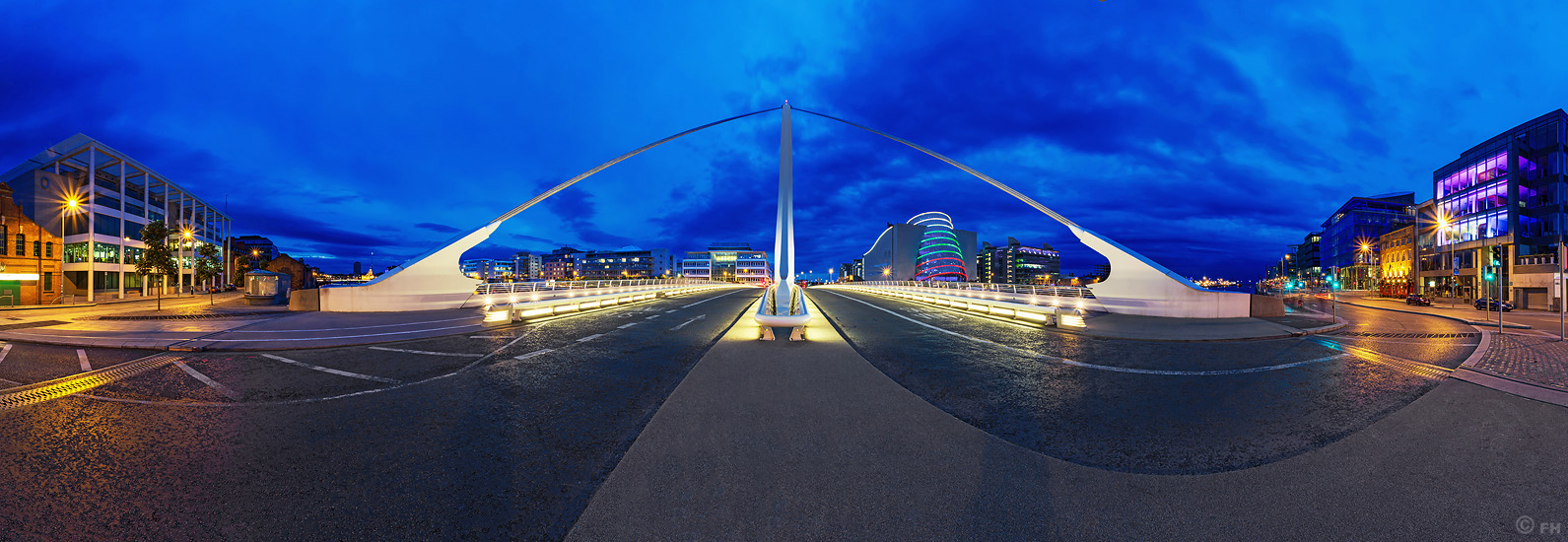 Dublin_Bridge_2_Pano_k