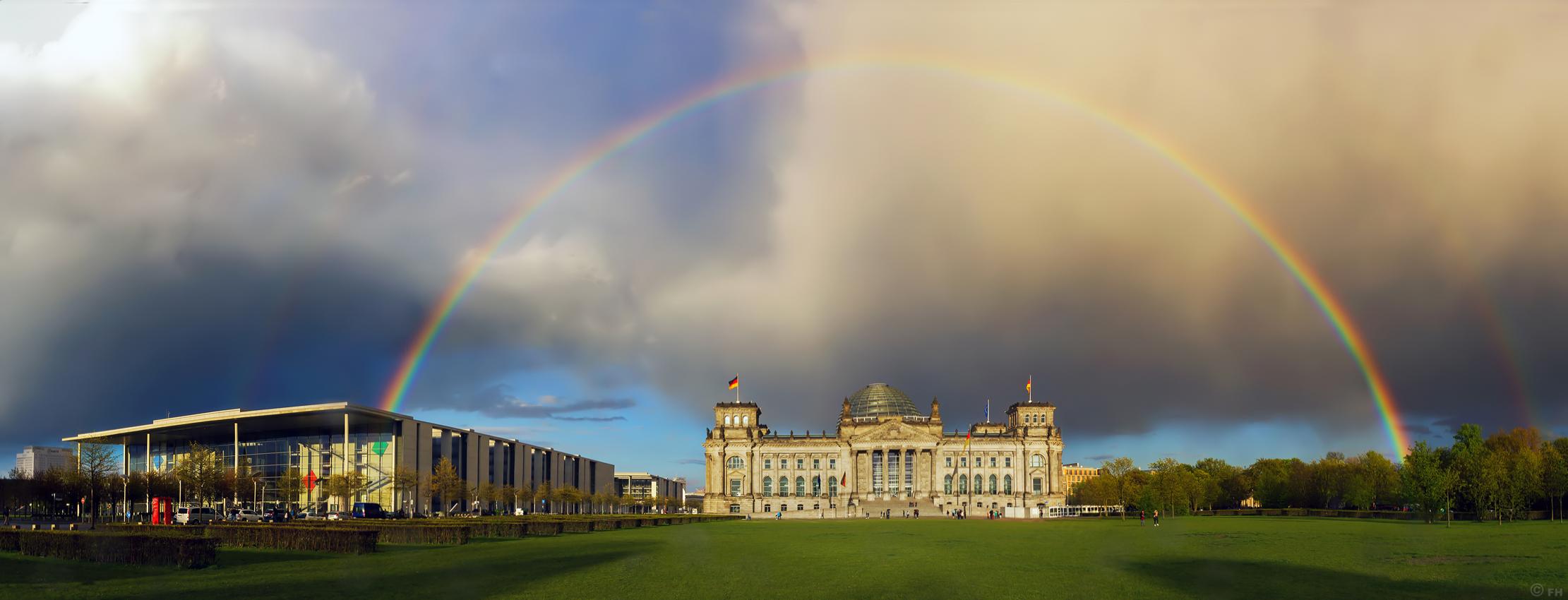 Reichstag_Regenbogen_k